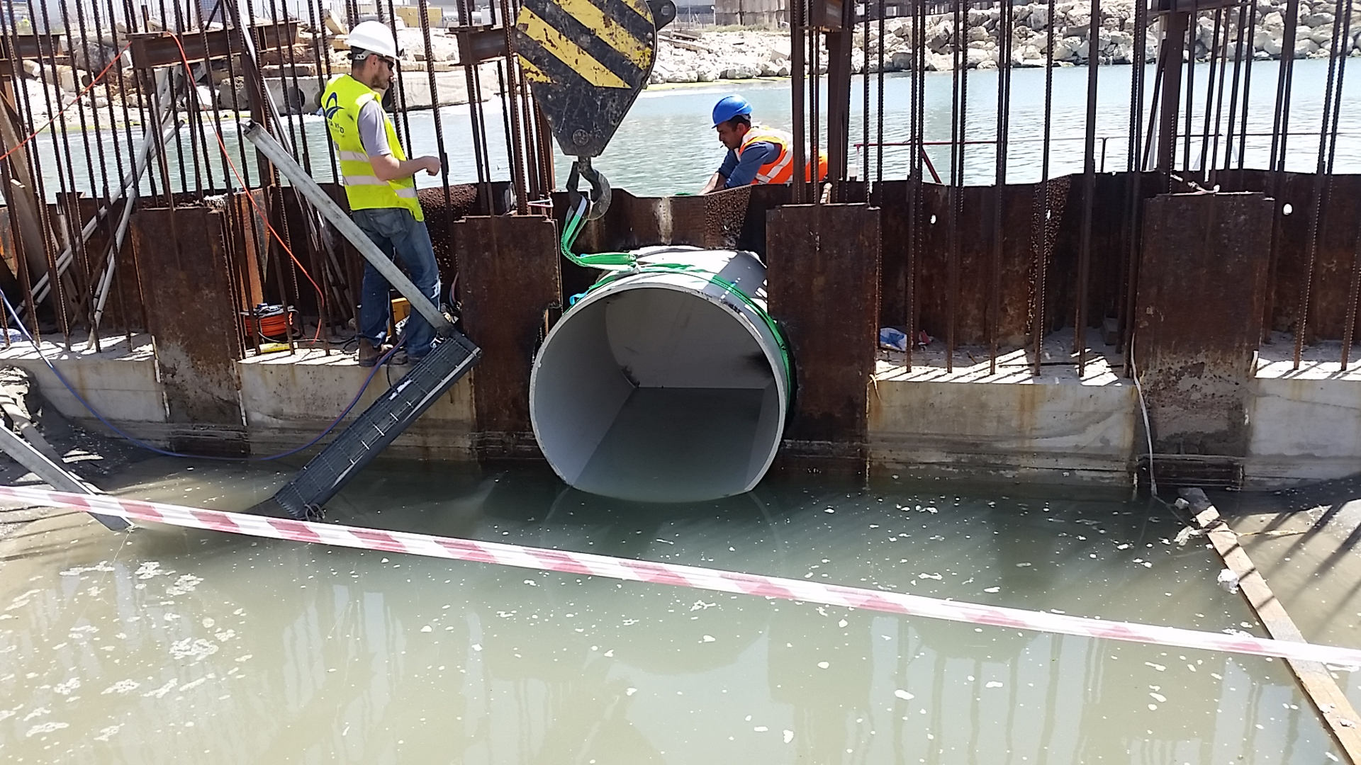 install drainage pipe